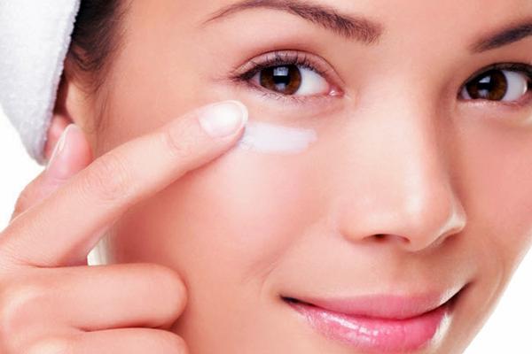 göz altı torbası, göz altı torbası bakımı, göz altı şişkinliği