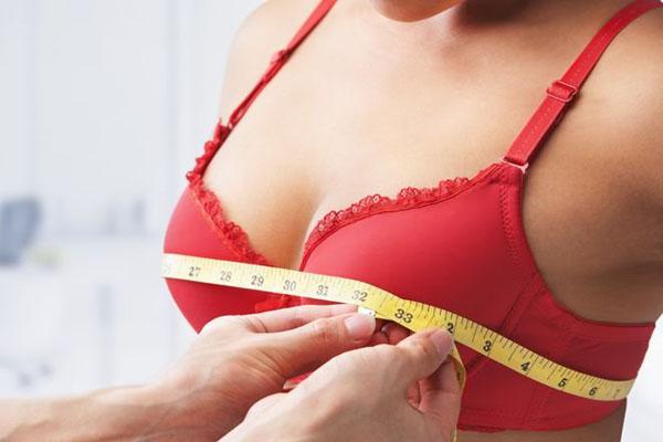 göğüs estetiği yaptırma, göğüs estetiği yaptıracakların bilmesi gerekenler, göğüs estetiğinin önemli yanları